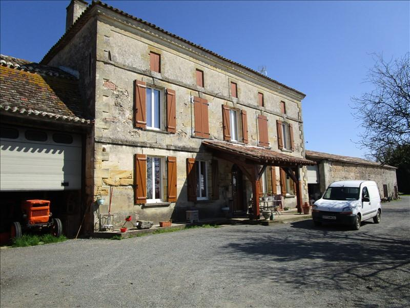 Farmhouse with 3 hectares and pond