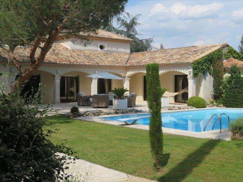 Magnificent provencal style villa of 350m²