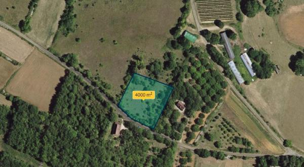 25 MIN AWAY FROM SARLAT - ON THE HEIGHTS WITH INCREDIBLE OVERVIEW ON THE VALLEY -BUILDING PLOT OF LA