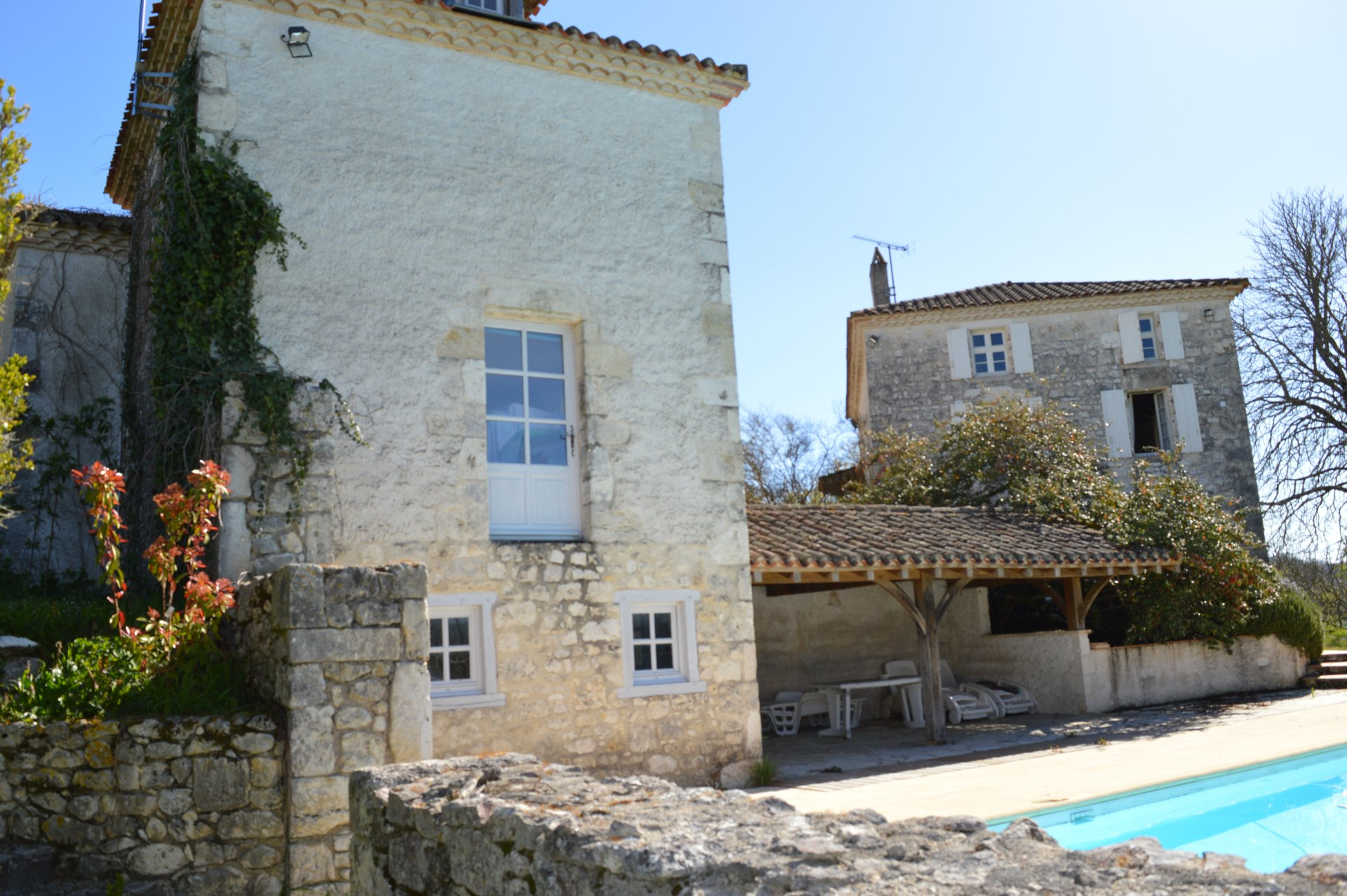 Renovated house and 4 gites with great views