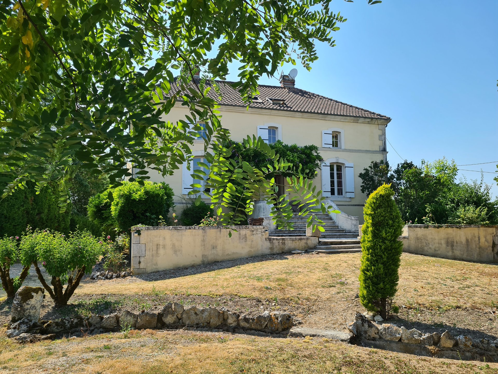 Fabulous manor house just minutes from Monflanquin