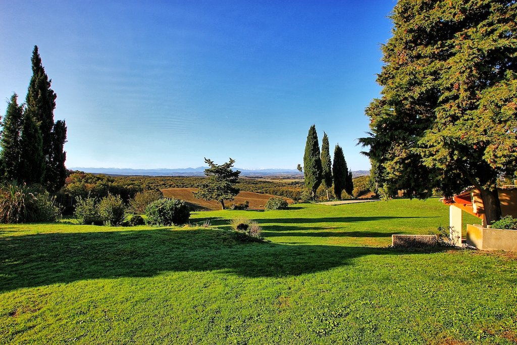Renovated domaine with gites & stunning views of the Pyrenees  in 72 hectares