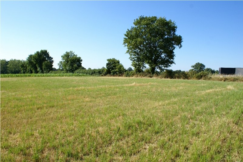 Land of 2862 m2 with planning permission for 2 properties
