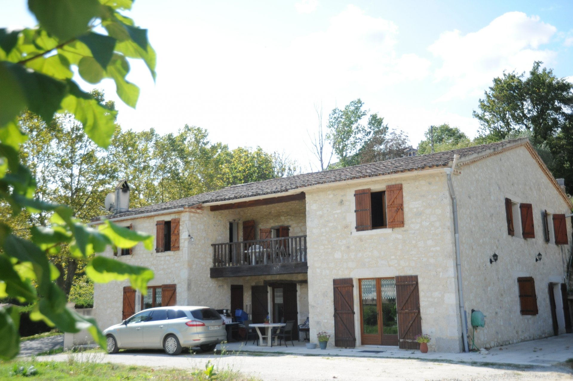 Attractive stone built house on the edge of a lively bastide town