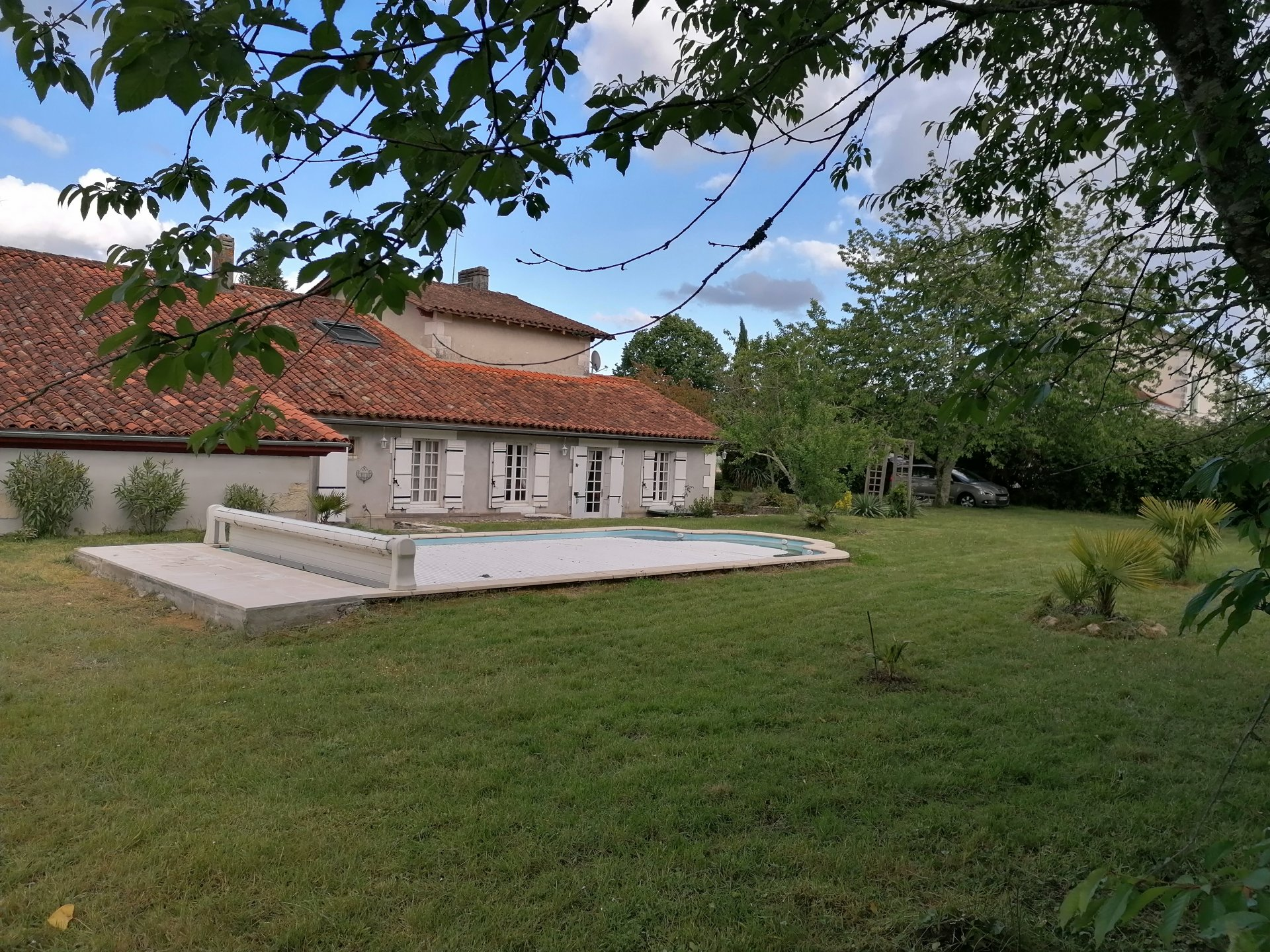 Renovated 4 bed village house with swimming pool