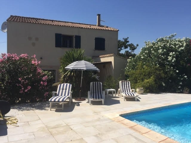 2 level villa for sale in Aude, with swimmingpool.
