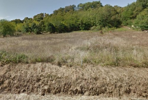 Building land within 15 minute walk of Eymet
