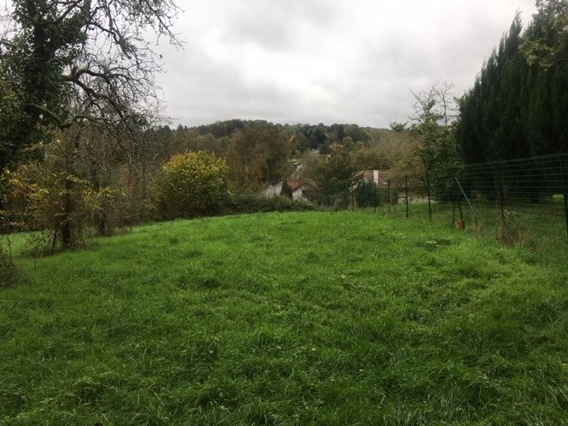 Building plot with permission for one dwelling up to 150m²