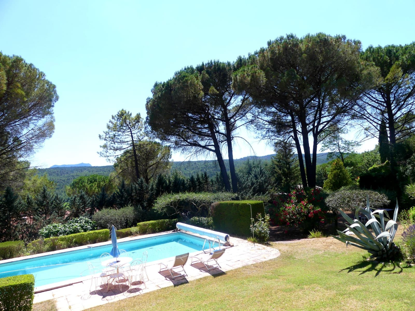 6 rooms villa with panoramic view, pool and workshop
