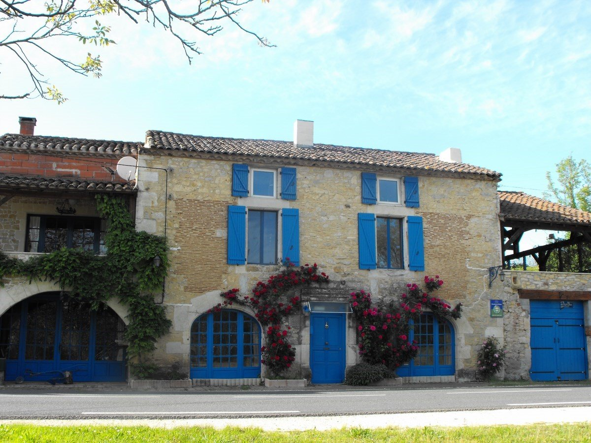 Investment property with gite and chambres d'hôte