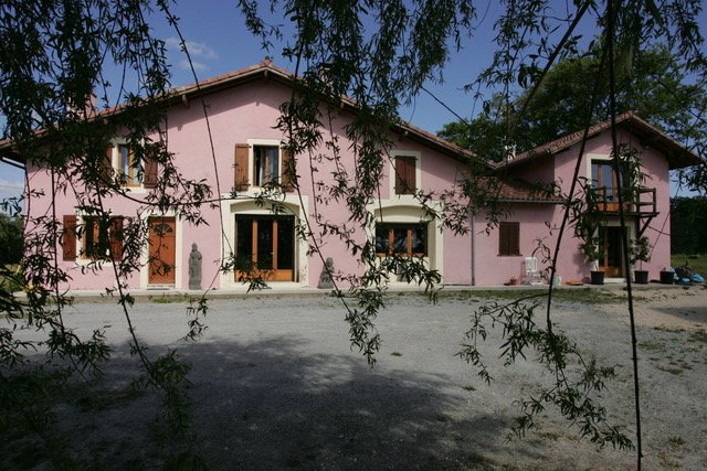 Large Landaise house set in 6555m² of private garden