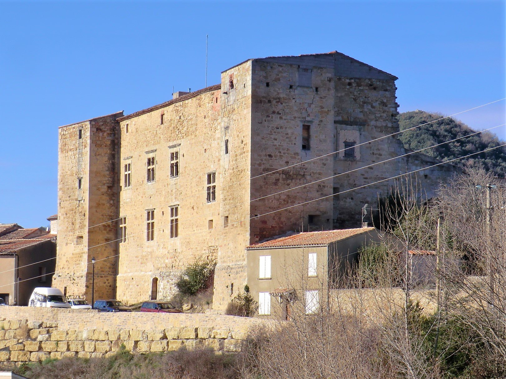 Late Medieval - Early Renaissance Chateau Fort in Dominant Position