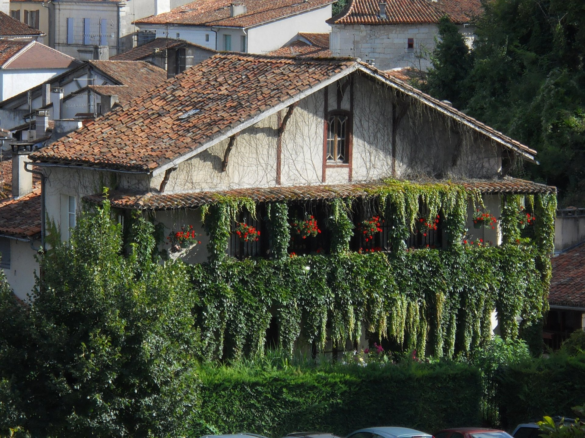 Renovated former Auberge with lovely floral balconies