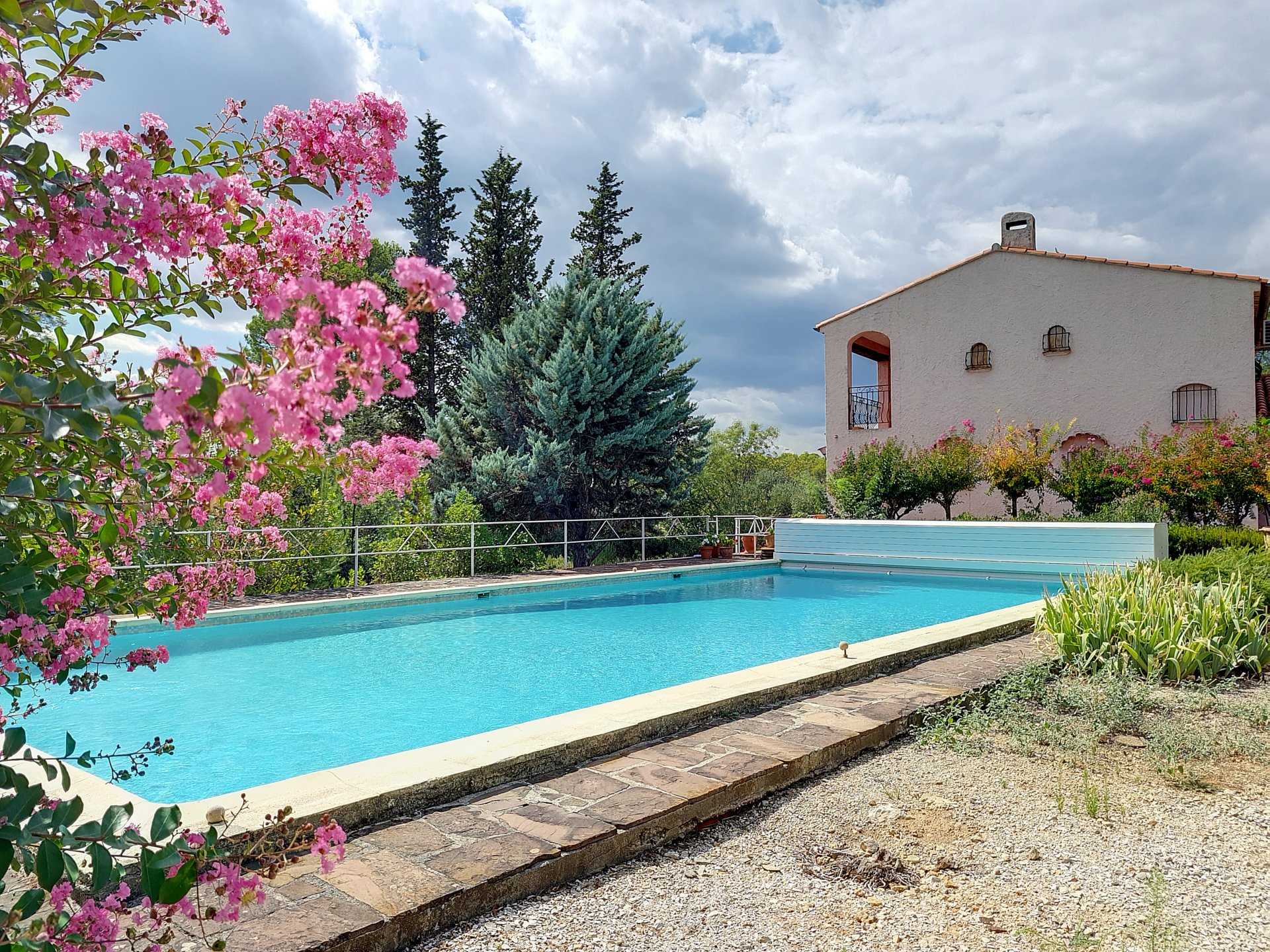 Rare opportunity on 7300m2 near Lorgues