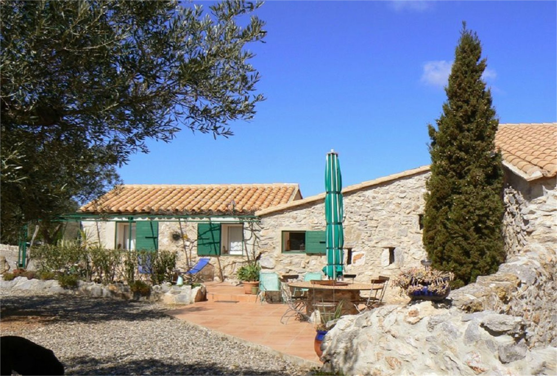 AUTHENTIC CATALAN FARMHOUSE WITH GITE - 5HA OF LAND, CORBIERES