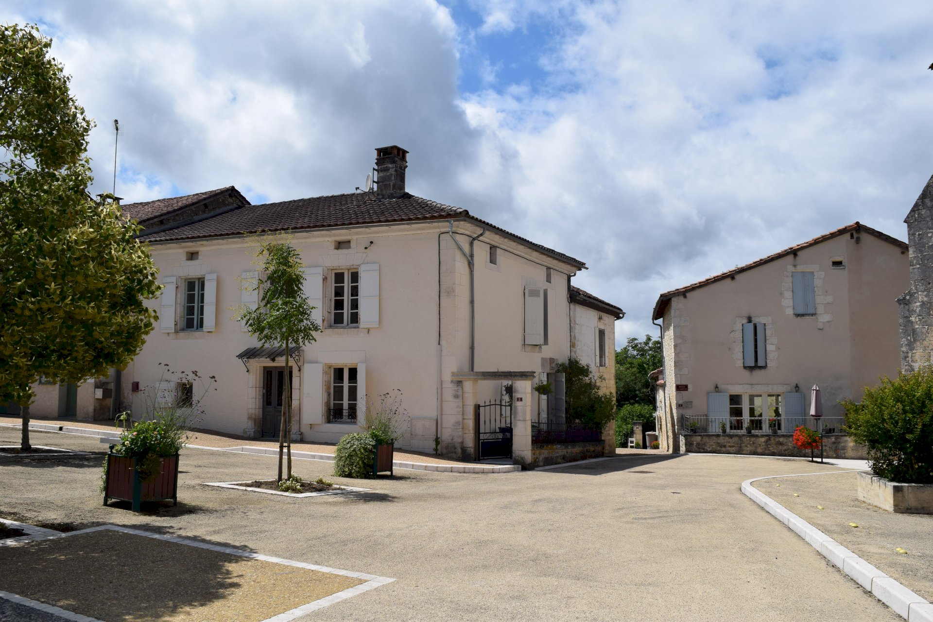 Village house with attached house, gite, barns, gardens and 2 pools
