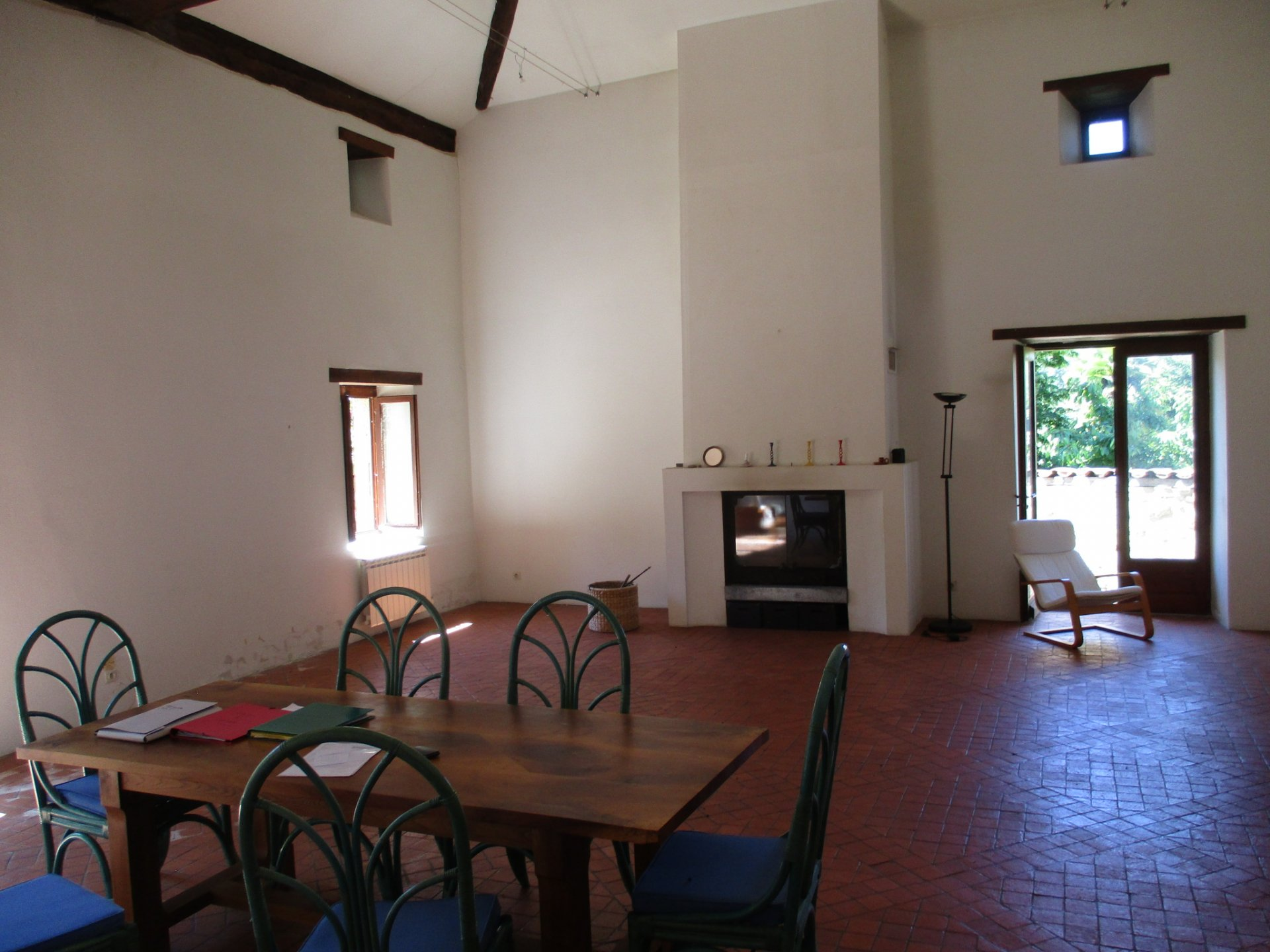 Bright and spacious stone house, outbuildings, 3,000 m² of land in the Perigord area, Dordogne