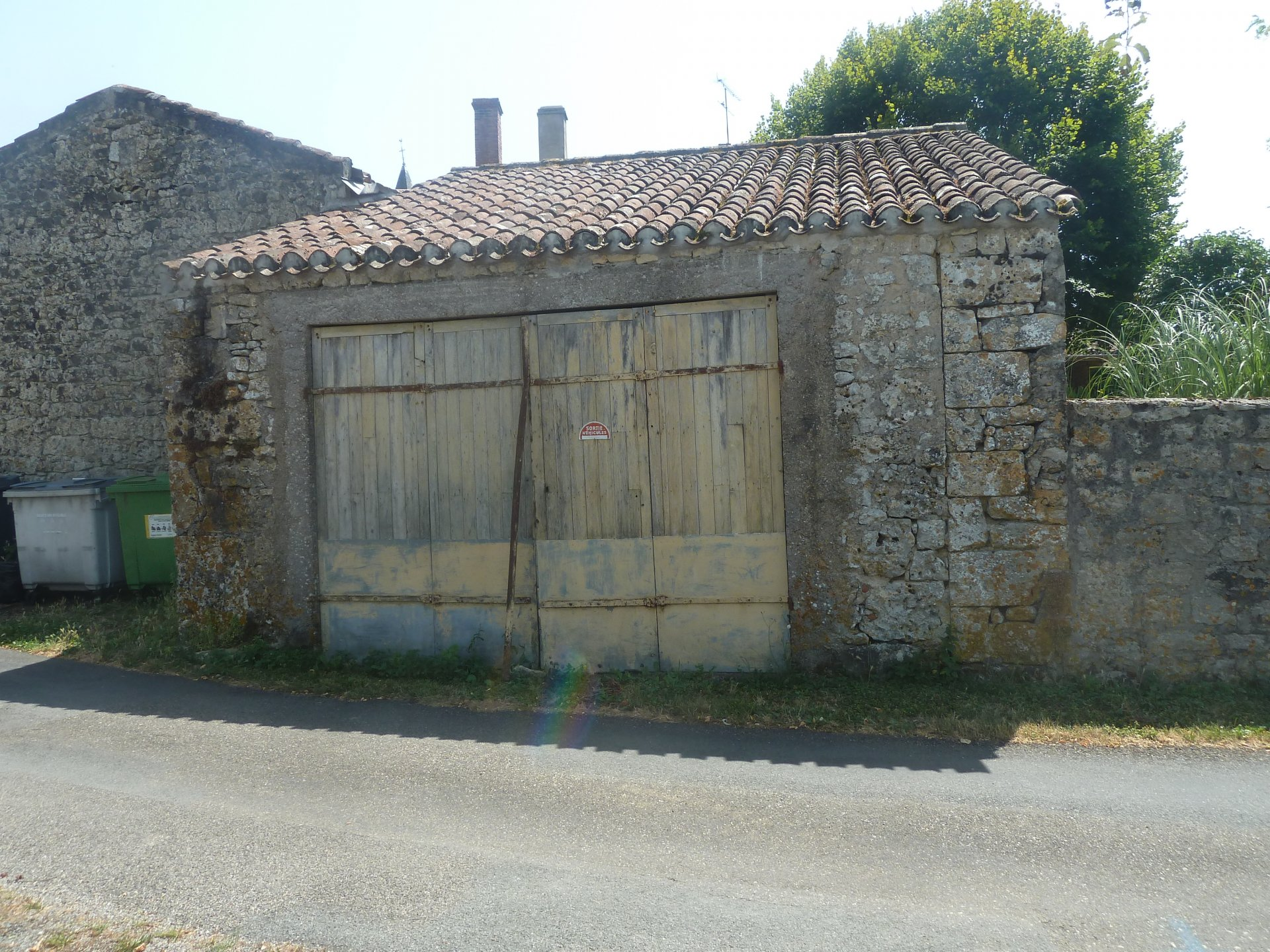 OLD STONE BARN TO RENOVATE