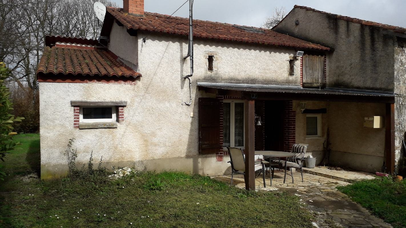 Excellent chance to buy house and two potential gites for under 50k