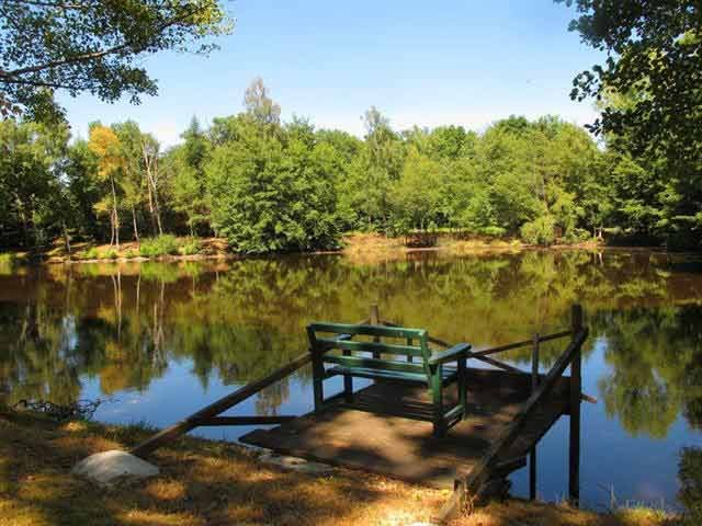 Fishing lake property for sale in the Limousin area