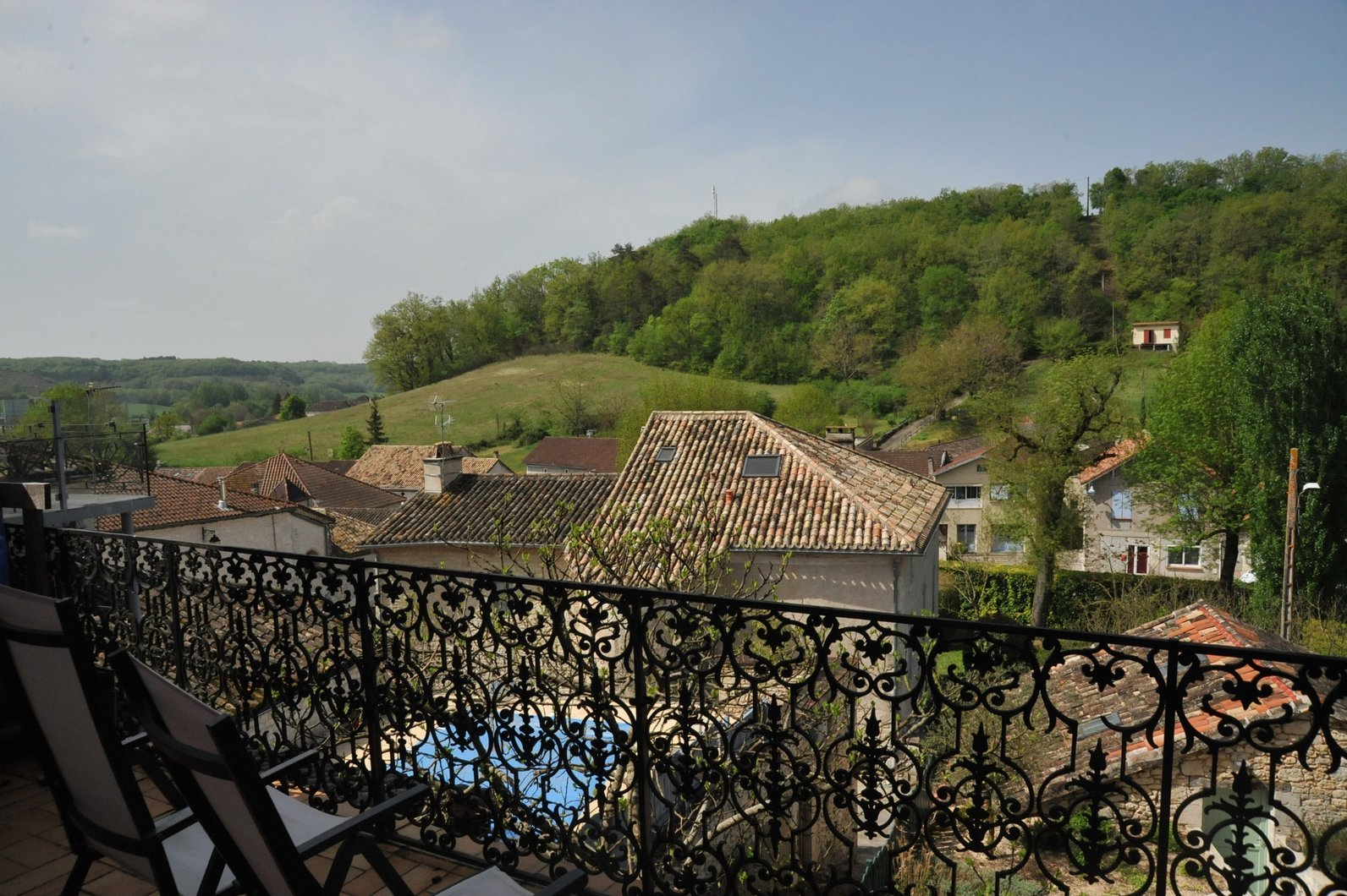 Spacious renovated village house with balcony and fantastic views